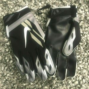 NWOT Nike Vapor Shield NFL Cold Weather Gloves Med